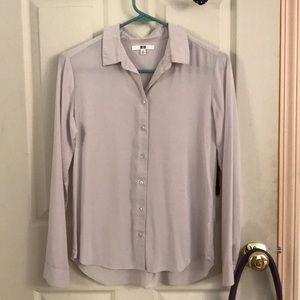 Uniqlo light gray rayon long-sleeve button blouse